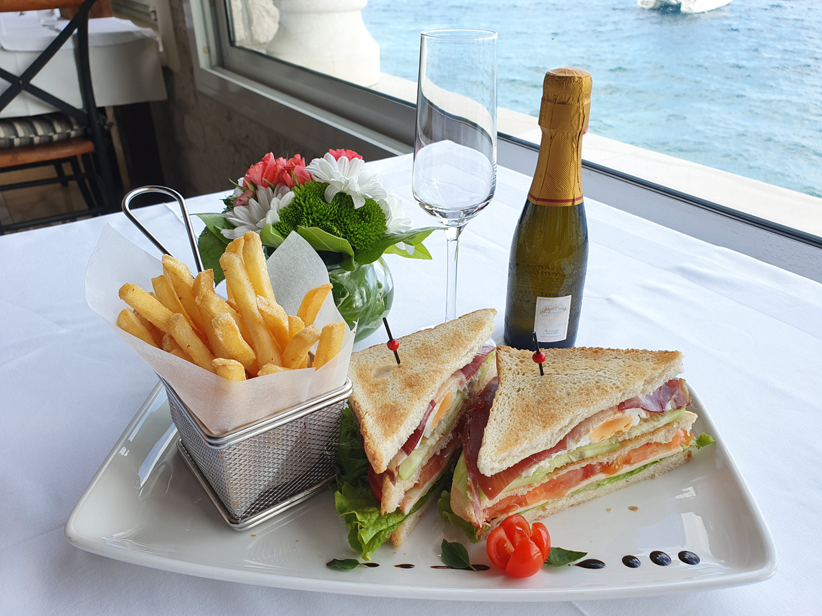 Club sandwich (prosciutto crudo)